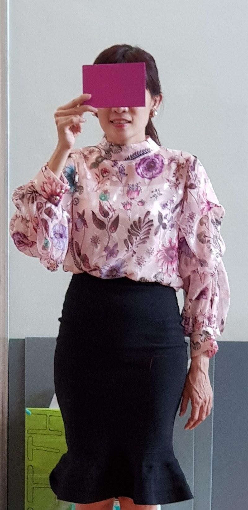 very nice floral print jacquard chiffon blouse- soft look.